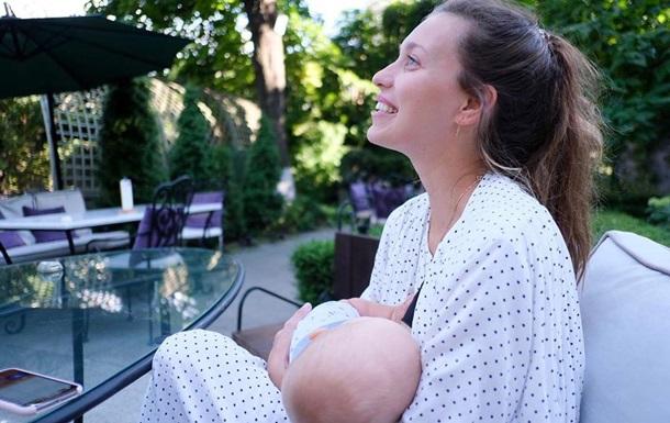 Тодоренко вышла на прогулку с ребенком в Одессе