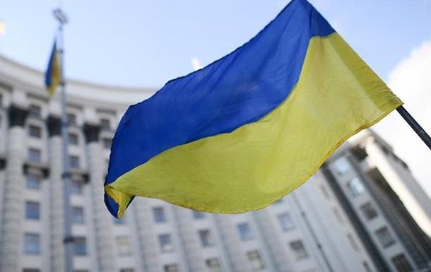 Будут сосать лапу: украинцам предрекли тотальный блэкаут