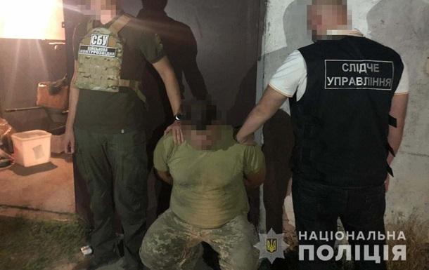 В Одессе военный обменял амфетамин на 10 пистолетов