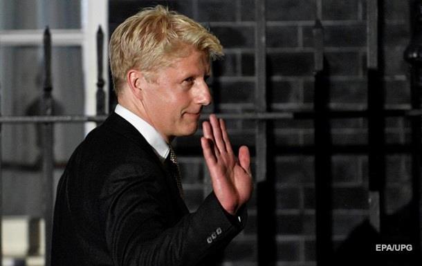 Брат Бориса Джонсона пішов з постів міністра і депутата через Brexit