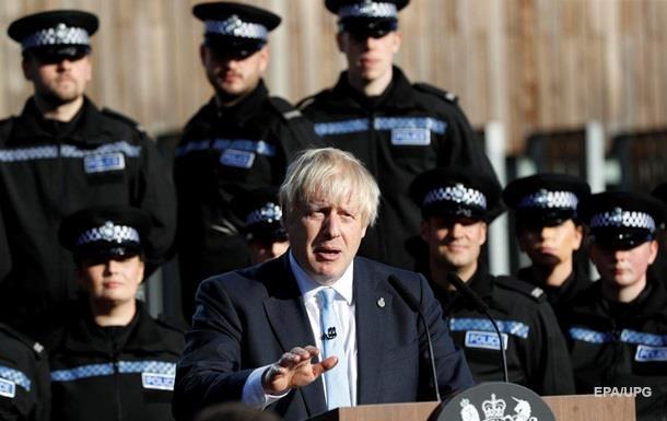Краще лежати мертвим в канаві, ніж просити про відстрочку Brexit - Джонсон