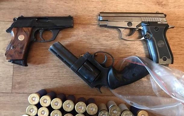 Зеленський відповів на петицію про легалізацію зброї