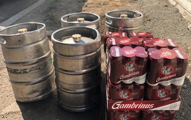 Таможенники задержали украинца с 315 литрами пива