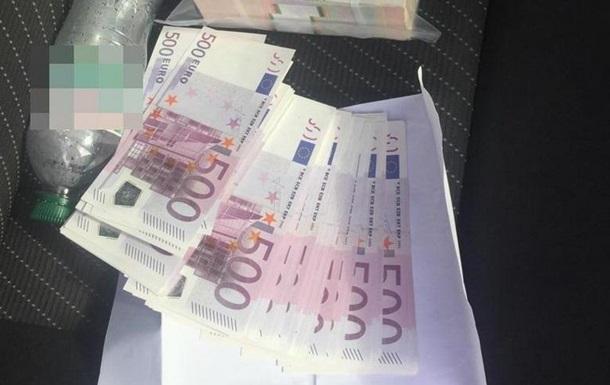 У Києві затримали організатора продажу фальшивих євро