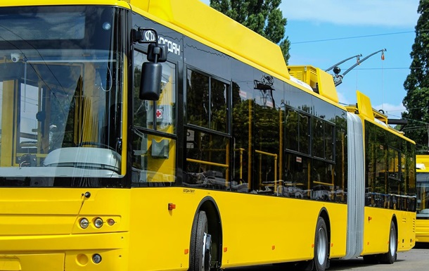 Київпастранс заявив, що стрілянина сталася на вулиці, а не в тролейбусі