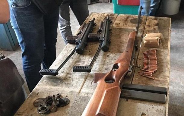 У Київській області затримали торговців зброєю
