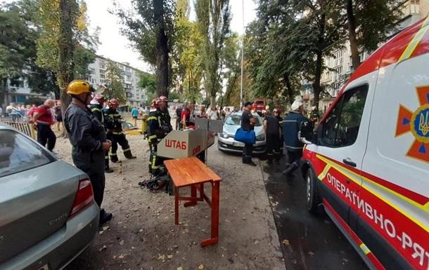 У багатоповерхівці Києва сталася пожежа: є жертва