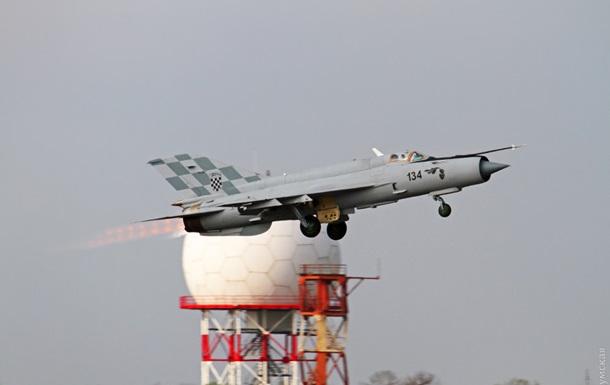 Хорватский истребитель перехватил украинский самолет - СМИ