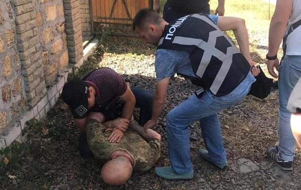 На Київщині чоловік під час затримання кидав у копів гранати