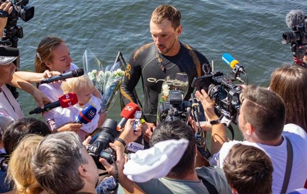 Український плавець встановив новий рекорд, подолавши Дніпро