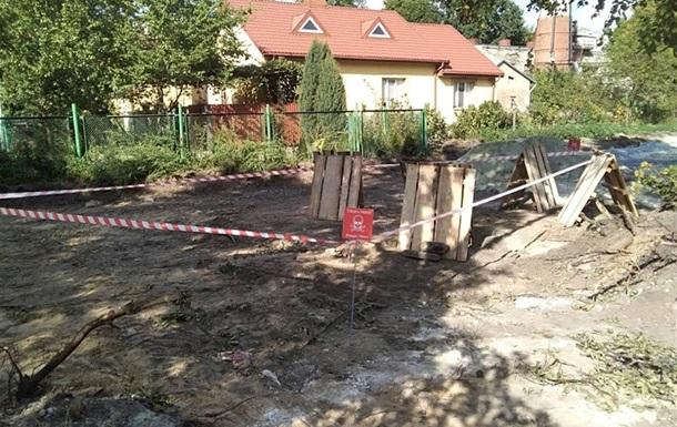 У Львові евакуювали школу через бойовий снаряд