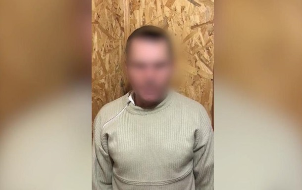 Сепаратиста з  ДНР  затримали на адмінкордоні з Кримом