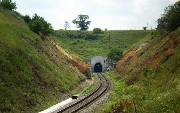 Стала известна причина перебоев железнодорожного сообщения в  ЛНР