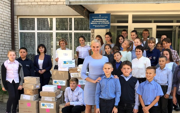 Більше 4 тисяч українських книжок отримали школи прифронтової зони