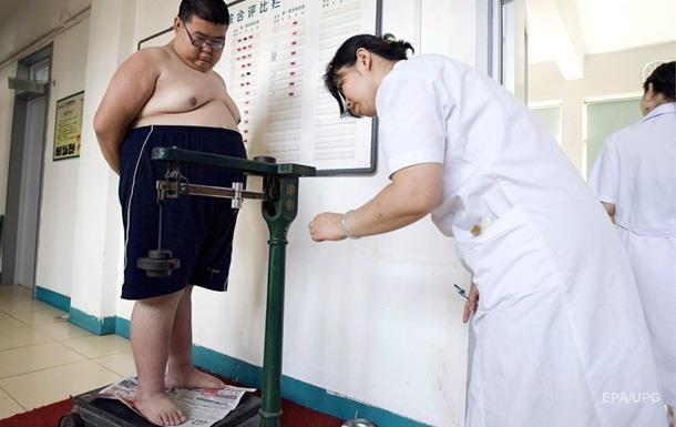 В Англии 13-летний подросток умер из-за ожирения