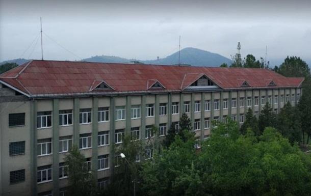 В Мукачево госпитализировали семь школьников