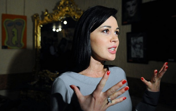 Актрису Заворотнюк ввели в кому - СМИ