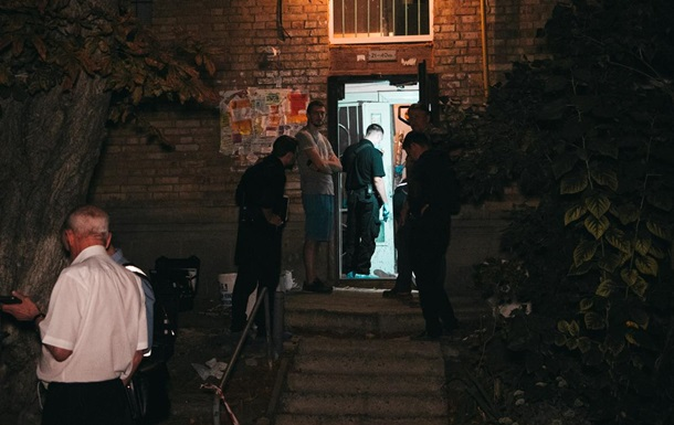 У Києві іноземець зарізав дівчину в під їзді