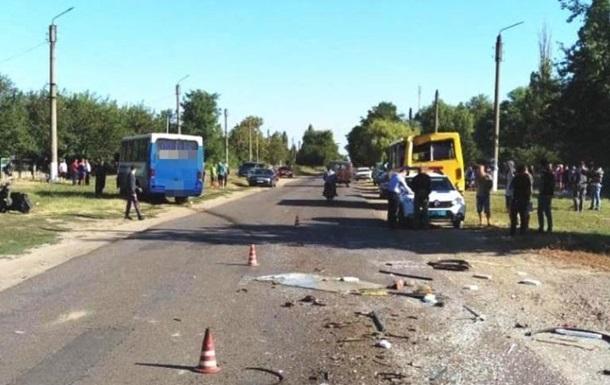 В Одеській області зіткнулися дві маршрутки: 19 постраждалих