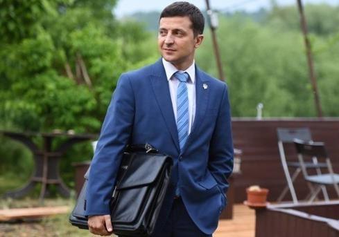 Шок для чиновников: Зеленский предложил закон, способный обогатить каждого