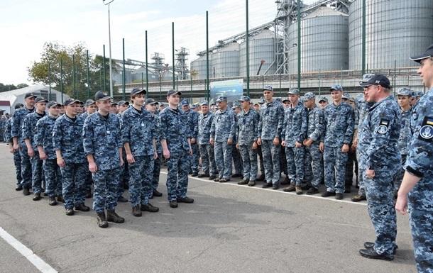 У Зеленського заявили, що купили всім звільненим морякам квартири