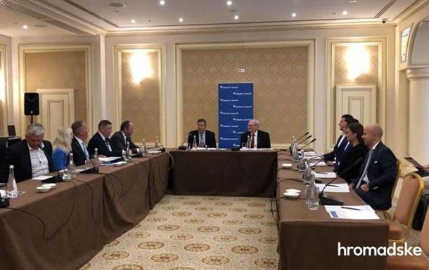 Українські олігархи підписали меморандум з бізнес-принципами