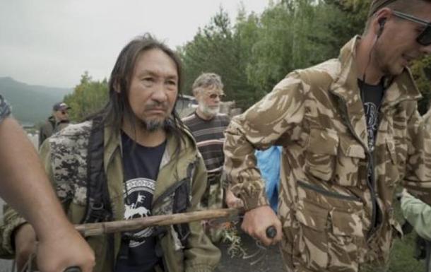 Падение России в пародию на Средневековье продолжается