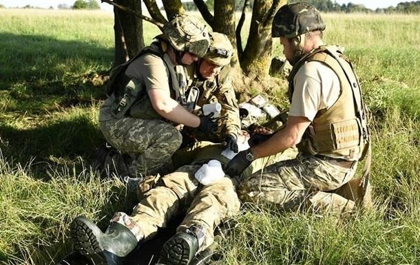 За півдня на Донбасі поранені двоє військових