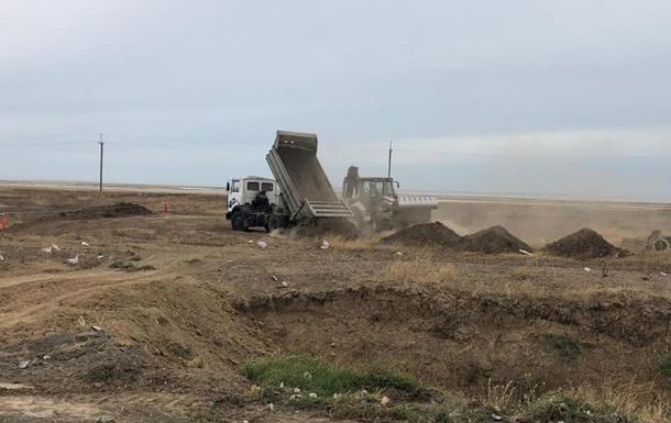 На админгранице с Крымом началось строительство новых КПВВ