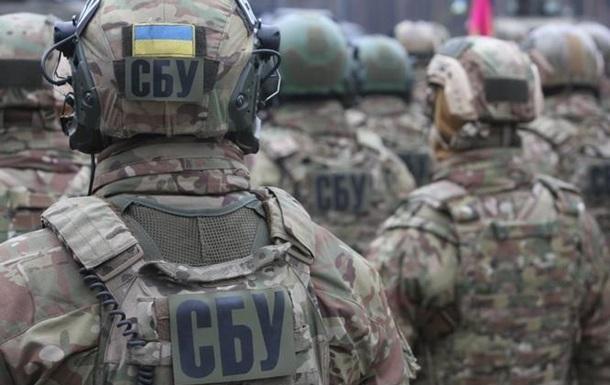 """СБУ викрила """"чорних"""" держреєстраторів, що діяли на Київщині"""