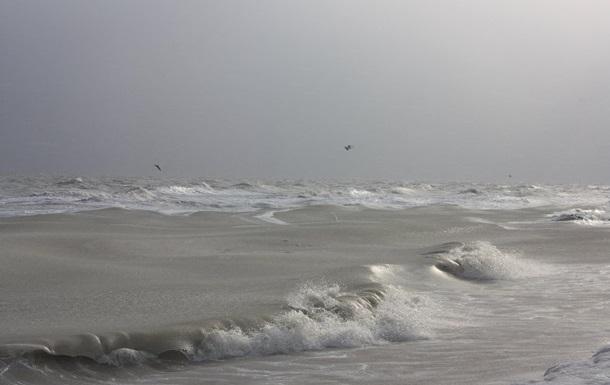 В Азовському морі зник катер з трьома людьми - ЗМІ