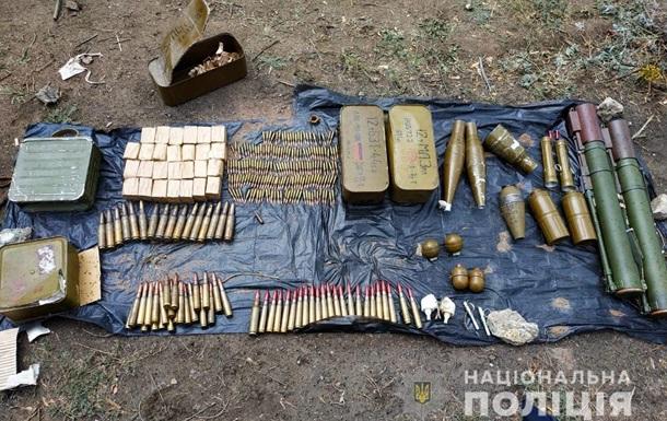 На Луганщині виявили схрон з боєприпасами