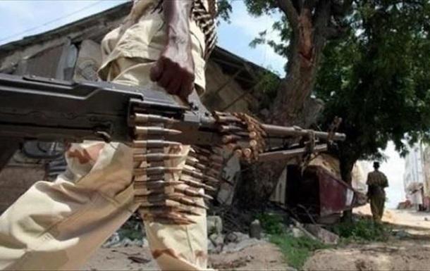 В Сомали террористы напали на военную базу, есть жертвы