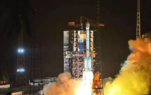 Китай доставив на орбіту два супутники