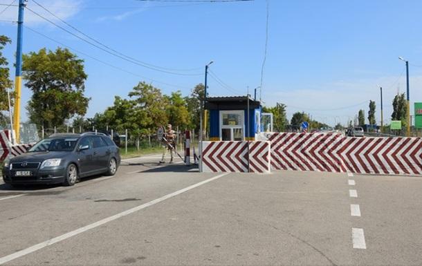Пункт Каланчак на админгранице с Крымом не будет пропускать автомобили