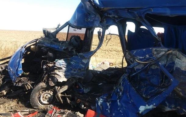 В Одеській області оголосили траур за загиблими в ДТП з маршруткою