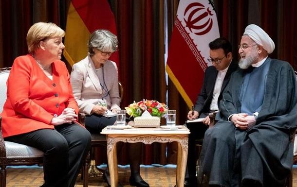 Меркель закликала Іран і США до переговорів