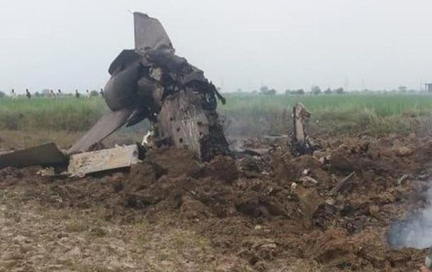 В Індії зазнав аварії винищувач МіГ-21