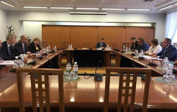 НБУ и МВФ обсудили новую программу для Украины