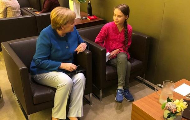 Меркель відповіла на виступ еко-активістки Грети Тунберг в ООН