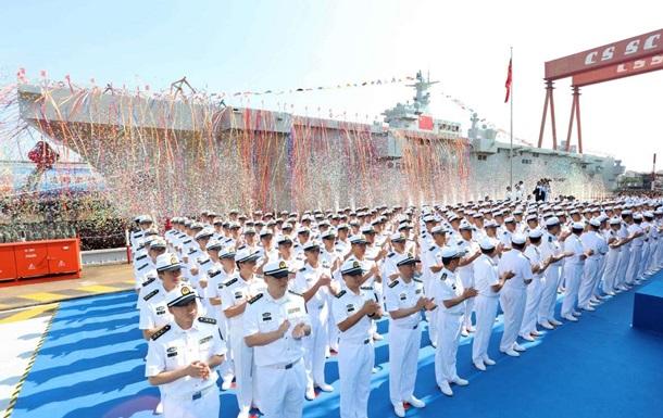 У Китаї спустили на воду універсальний десантний корабель