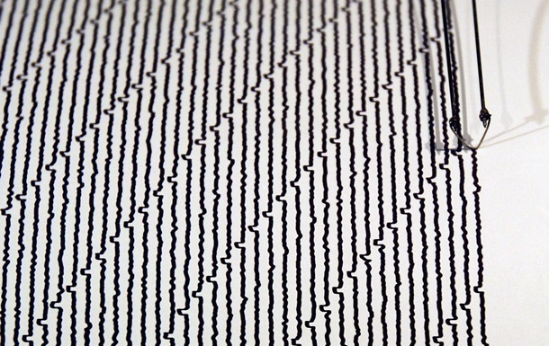 При землетрясении в Индонезии погибли около 20 человек