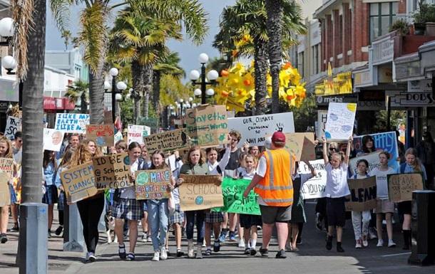 У Новій Зеландії триває масштабний кліматичний страйк