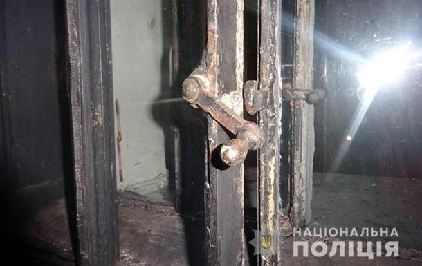 Чоловік намагався обікрасти Володимирський собор у Києві