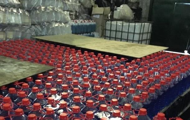 У Сумській області вилучили десятки тонн контрафактного спирту з РФ
