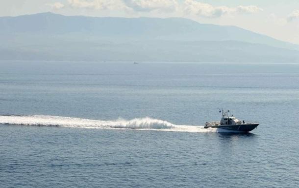Біля берегів Греції перекинулося судно з мігрантами з Туреччини
