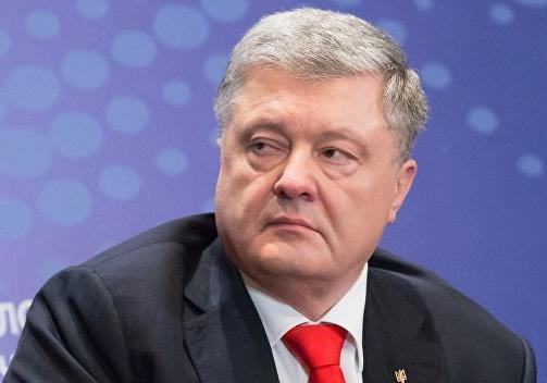 Страх и ужас Порошенко: США и ЕС способствуют укреплению позиций России
