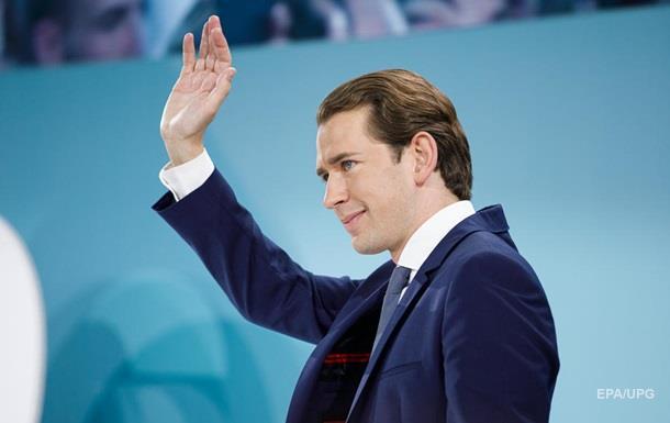 Зеленський привітав Курца з перемогою на виборах