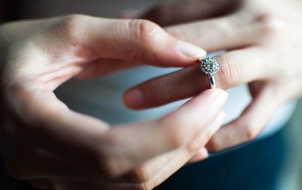 Жінка хотіла отримати майно, одружившись з вмираючим чоловіком