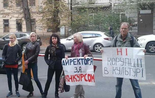 Володимир Бородянський вже викликає співчуття